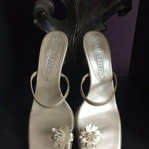 Sam & Libby Toe Ring Sandals